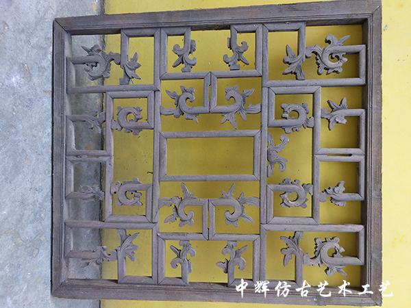 窗户木雕2